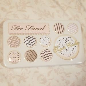 Too Faced Makeup - Too Faced Pretty Rich Palette